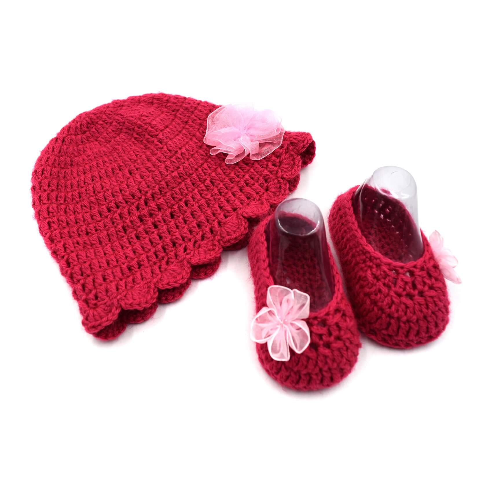 a7c390e14a3 Baby Cap   Booties Set - Pink • Magic Needles ® - Exclusively Handmade